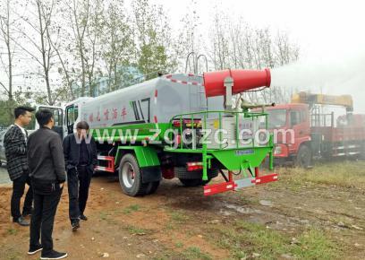 解决工地用水问题并不难——一辆程力集团国六东风D9洒水车